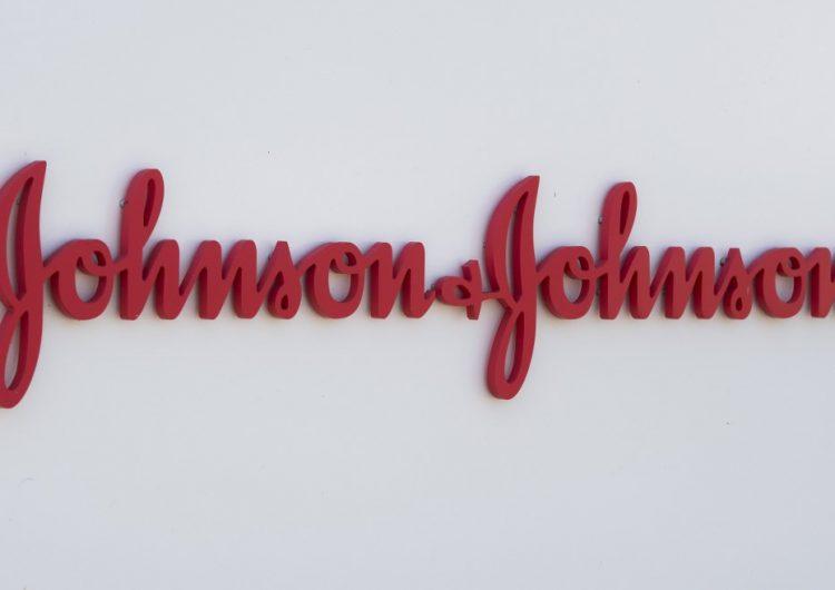 Johnson & Johnson comienza la fase 3 de su vacuna contra el COVID-19