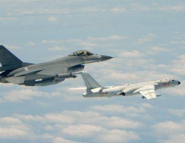 Fuerza aérea china publica video que simula bombardeo a base de EU
