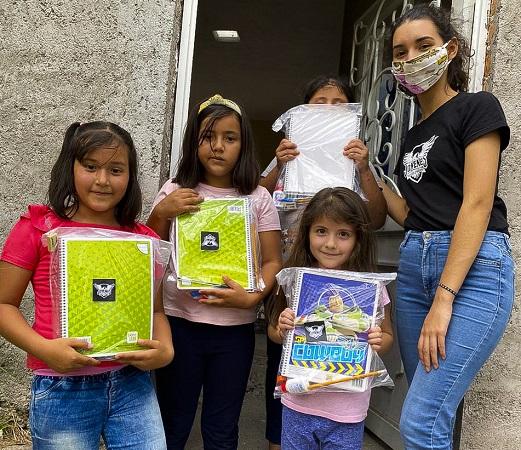 Apoya municipio de Calvillo con útiles escolares a estudiantes de escasos recursos