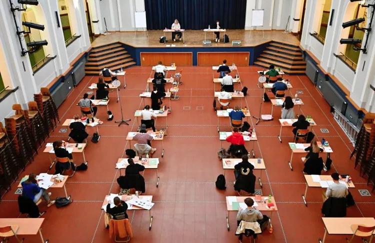 20 estudiantes contrajeron el coronavirus después de asistir a un viaje escolar en Alemania