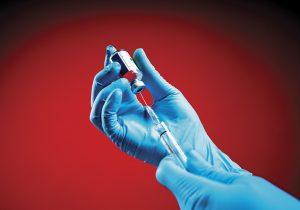 ¿Una vacuna rápida? La peligrosa combinación de ciencia médica y política