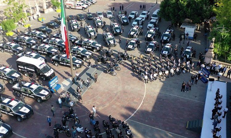 Entrega gobernador de Aguascalientes 92 patrullas a la Policía Estatal y de los municipios