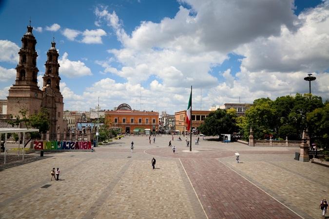 Cerrarán calles y la Plaza de Armas por ceremonia virtual de fiestas patrias