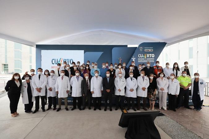 Presenta Martín Orozco informe de gobierno a personal médico de Aguascalientes
