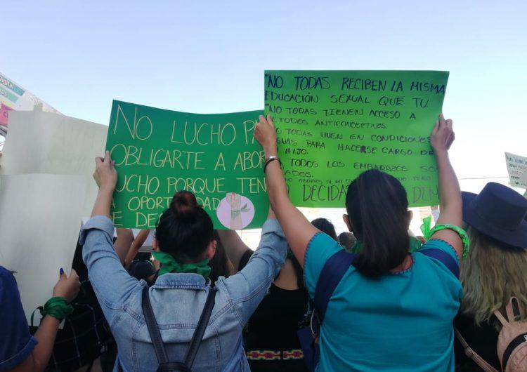 Detienen a 6 mujeres en Tijuana tras manifestación a favor del aborto