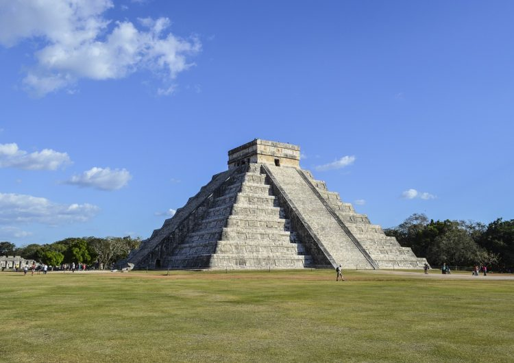 Abren sitios arqueológicos en Yucatán