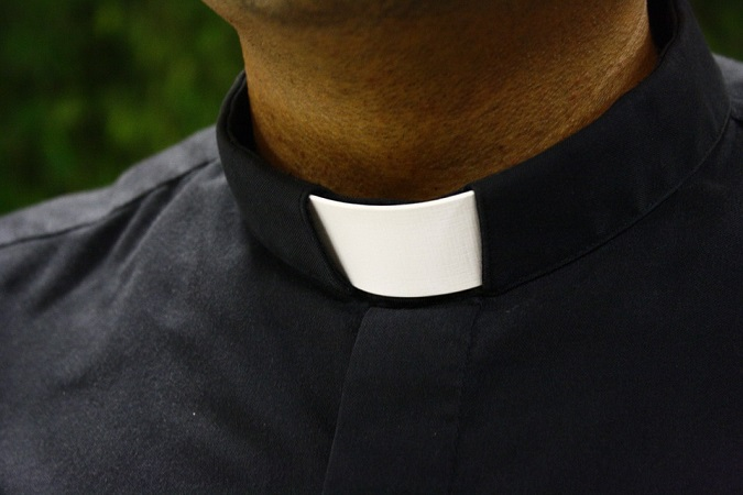 Sentencian a 32 años de prisión a sacerdote violador en Aguascalientes