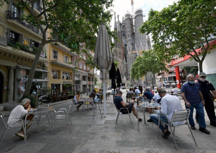 Cataluña ordena el cierre de bares y restaurantes para frenar contagios