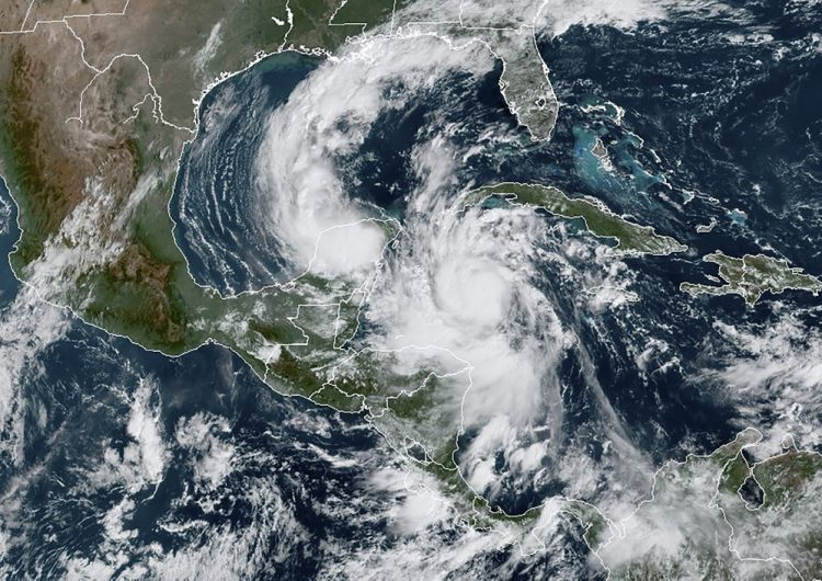 Huracán Delta se intensifica: pasa a categoría 4 y mantiene en alerta a México