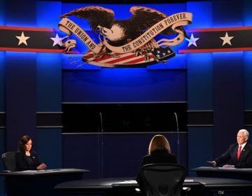 Los candidatos a vicepresidente de EU, Kamala Harris y Mike Pence, se enfrentan en su primer debate