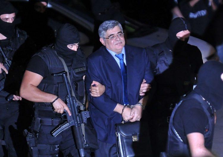 Justicia griega lleva a la cárcel al líder y miembros de organización neonazi Amanecer Dorado