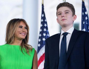 Melania Trump anuncia que su hijo Barron, también contrajo COVID-19, pero ahora dio negativo
