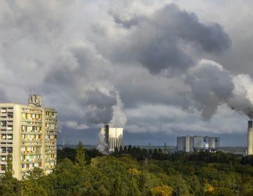 Contaminación del aire causó la muerte de casi 500,000 recién nacidos en 2019 según estudio