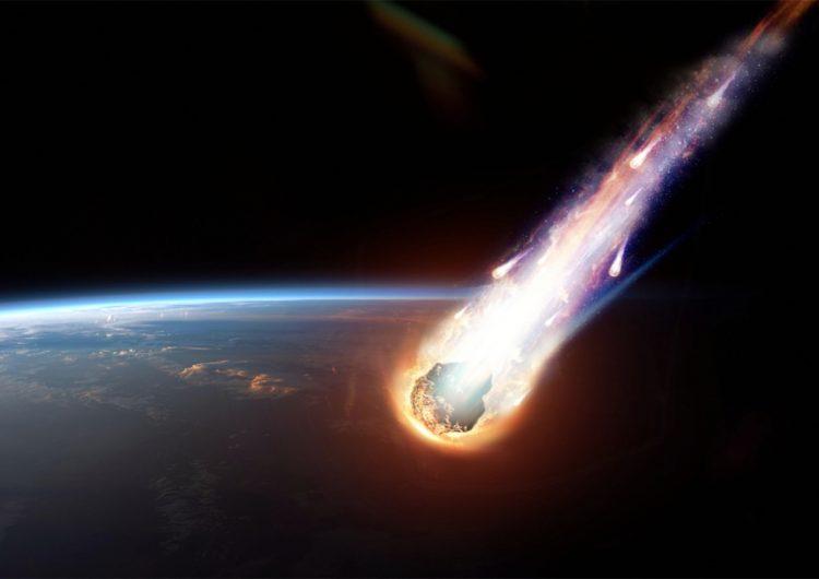Un meteorito ilumina el cielo de México mientras 'Delta' golpea y terremotos sacuden el país