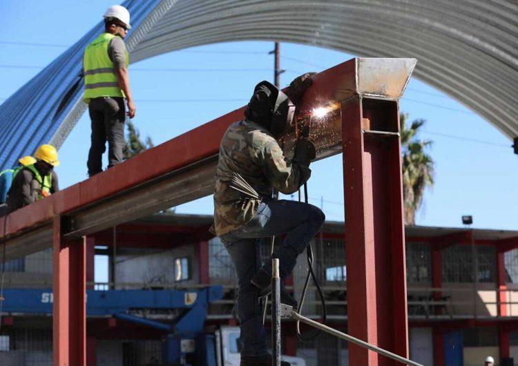 Presenta un 85 por ciento de avance la construcción de techumbre en secundaria Sindicato Alba Roja