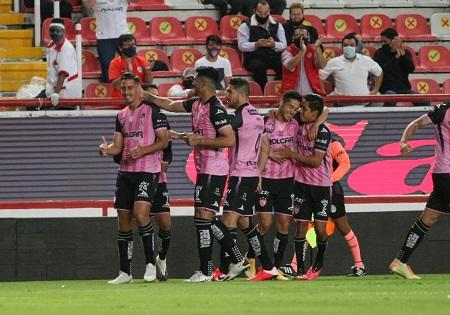 Volvió la afición al Estadio Victoria y regresó el triunfo para Necaxa