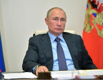 """""""El vigor y el buen ánimo"""" ayudarán a Trump a superar el COVID-19: Putin"""