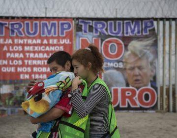 No pueden localizar a los padres de 545 niños migrantes separados en el gobierno de Trump