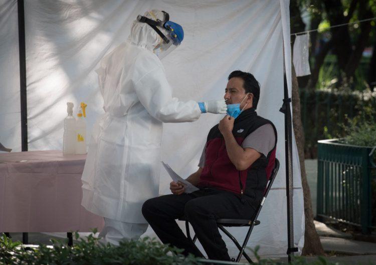 México registra 825,340 casos confirmados de COVID-19 y 83,945 muertes