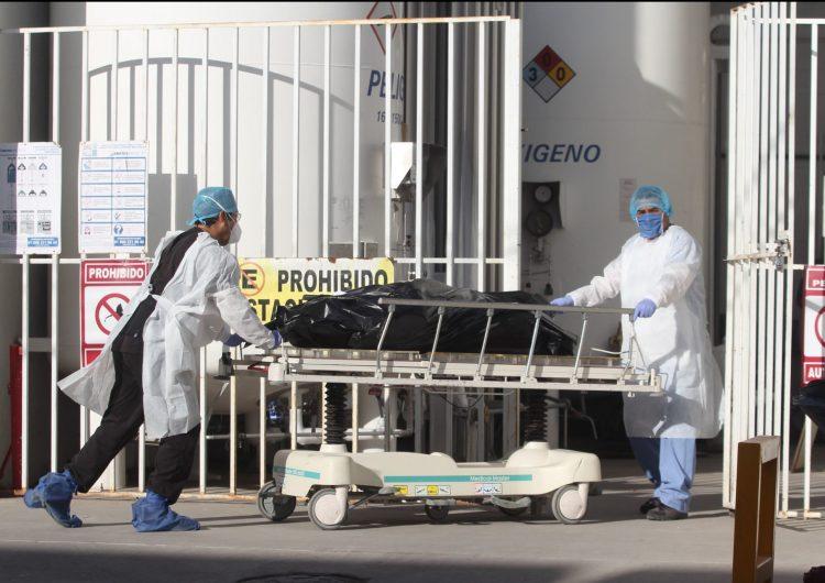 En México se registran 834,910 casos confirmados de COVID-19 y 85,285 muertes