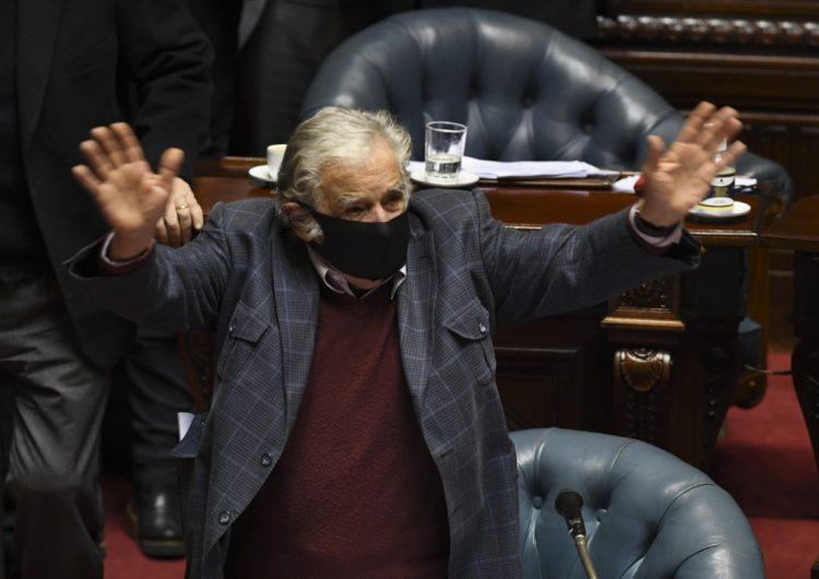 'La vida se nos va, pero las causas quedan': el último discurso de Pepe Mujica en el Senado de Uruguay