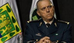 Juez niega libertad bajo fianza al exsecretario de Defensa Salvador…