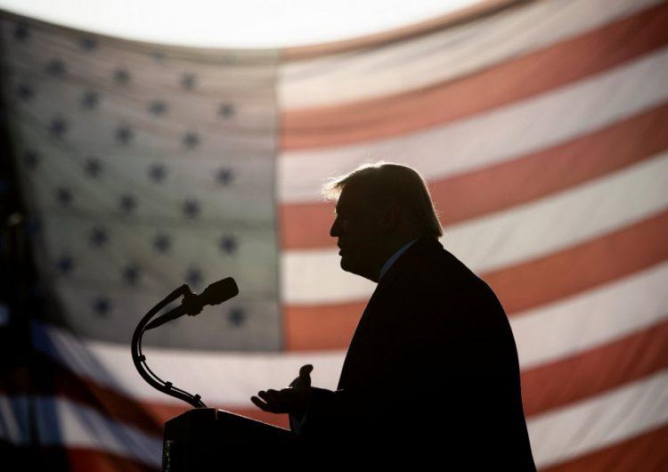 Trump considera lanzar su propio medio ante 'ruptura' con Fox News: reporte
