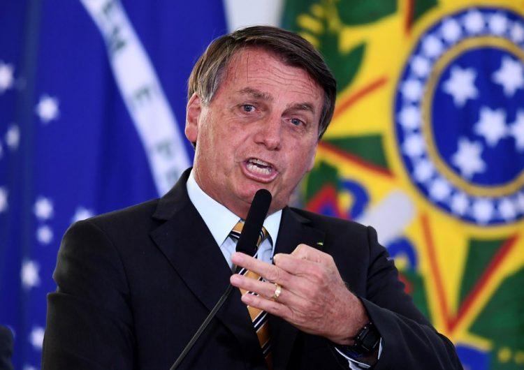 """Bolsonaro vuelve a minimizar la pandemia y señala que Brasil tiene que """"dejar de ser un país de maricas"""""""