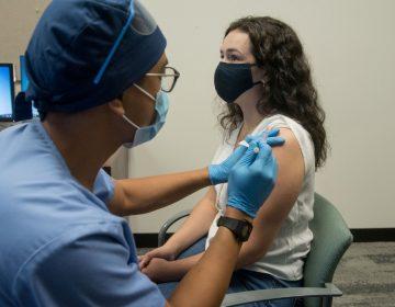 Moderna afirma que su vacuna contra la COVID-19 tiene una eficacia de 94.5%