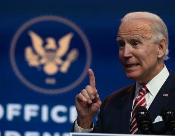 """""""Más gente podría morir"""" en EU si se demora la transición, advierte Biden"""