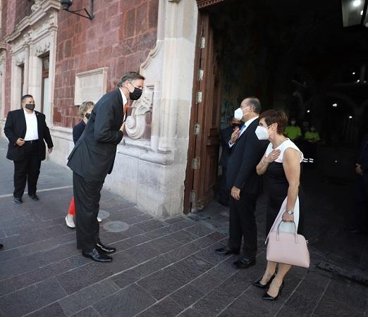 Aborda MOS temas de salud y economía en visita del embajador de EU en México
