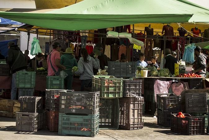 Injusto que tianguis y comercios informales sigan abiertos: CANACO