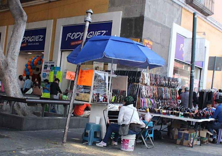 Ayuntamiento de Puebla no podrá retirar a ambulantes durante el Buen Fin