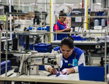 Retornar a semáforo rojo, principal amenaza para la industria manufacturera en BC
