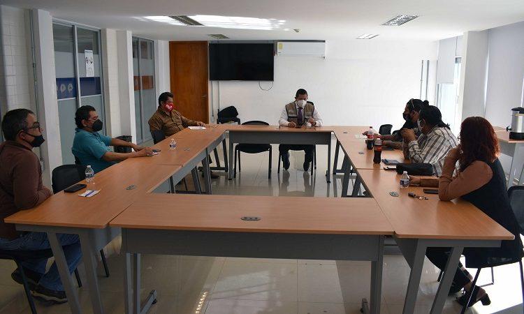 Va CMOV contra vehículos pirata de plataformas de transporte en Aguascalientes