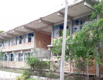 En Puebla hay escuelas sin internet ni luz eléctrica