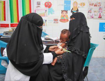 """""""Los yemeníes no 'pasan hambre', se les está matando de hambre"""", denuncia la ONU"""