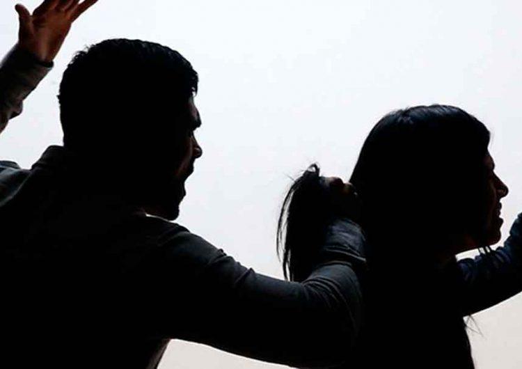 Mujeres son obligadas a vivir con su agresor