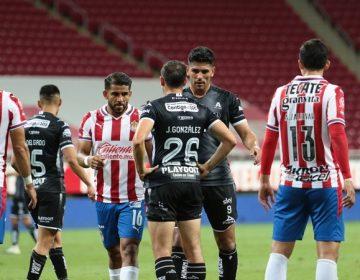Necaxa queda eliminado del torneo tras amarga derrota contra Chivas