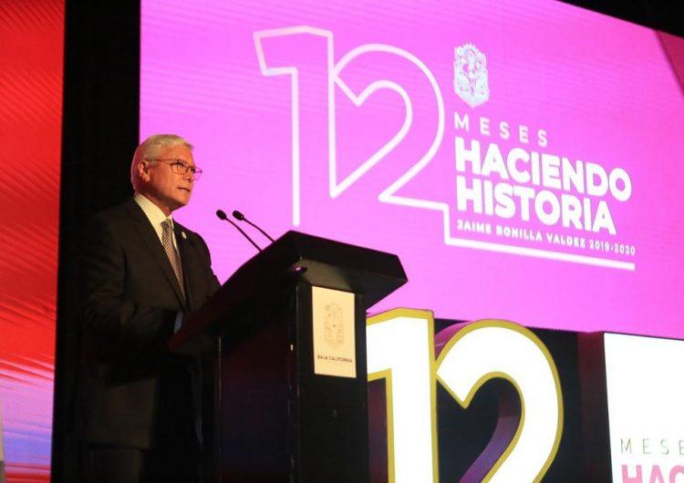 Ante cientos de personas, Bonilla informa de su primer año de gobierno y paga deuda a UABC