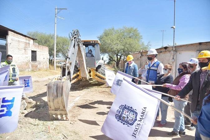 Inician obras de rehabilitación de la red de agua potable de la Col. Los Arroyitos