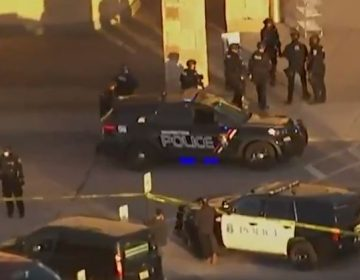 Numerosos heridos por tiroteo dentro de centro comercial de Wisconsin