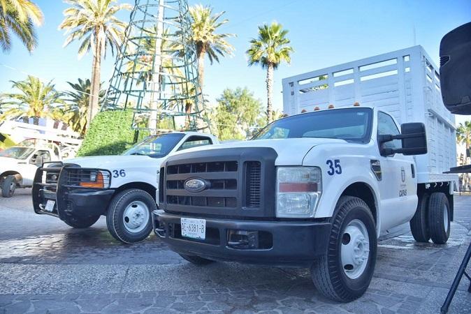 Entregan dos camionetas para el servicio de agua potable en Jesús María