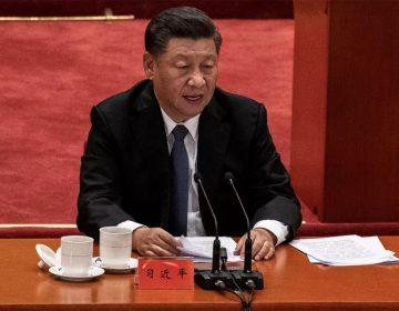 """""""No teman a la muerte"""": El presidente chino, Xi Jinping, les ordena a los soldados que entrenen más duro para ganar guerras"""
