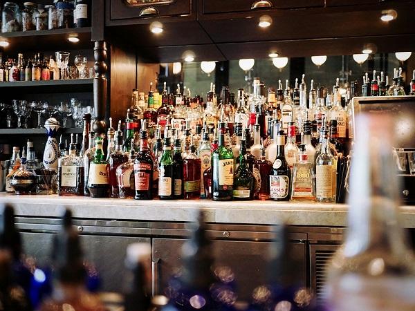 Antros, bares y salones de fiesta de Jesús María deberán cerrar a las 10:00 p.m.
