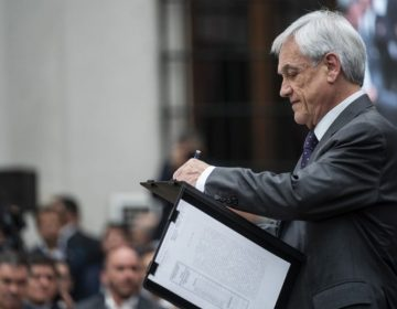 Presidente de Chile se autodenuncia ante autoridades por no usar cubrebocas