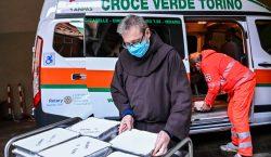 Italia registra récord de casi 1,000 muertos por COVID en…