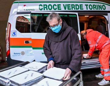 Italia registra récord de casi 1,000 muertos por COVID en 24 horas; impone restricciones para Navidad