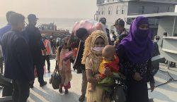 Bangladesh traslada a refugiados rohinyás a una isla pese a…