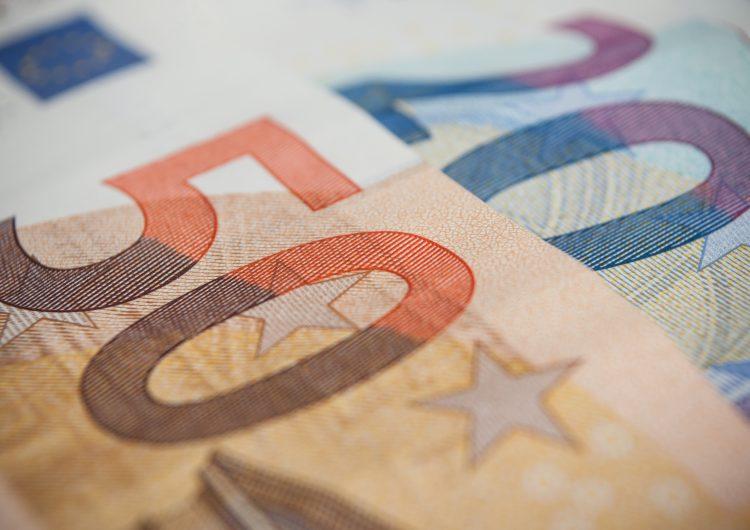 FMI analiza congelar pagos de deuda de los países más pobres hasta fines de 2021